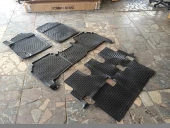 Ковры салона полиуретановые Новлайн 3 ряда для Toyota Land Cruiser 200 2007-2011- / Lexus LX 570 2007-2011 до рестайлинга