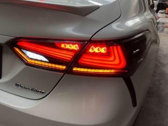 Задние диодные фонари Toyota Camry 70 2018- дымчатые