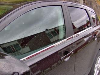 Молдинги окна нижние Nissan Qashqai 2010-2013 (нержавеющая сталь)