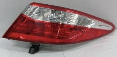 Задний фонарь правый наружный Toyota Camry 55 USA 2014-2017 1шт.