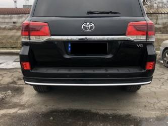 Юбка заднего бампера Toyota Land Cruiser 200 2015-2020 стиль 2019