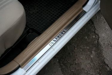 Накладки на пороги Chevrolet Aveo T250 2006-2012 (нержавеющая сталь) на металл, с лого
